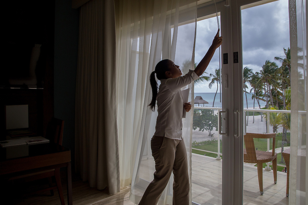 PUNTA CANA, DOMINICAN REPUBLIC-DECEMBER 3, 2014: A sales representative from the Westin Hotel Punta Cana shows off one of the suites in the hotel. Story on tourism to the Caribbean Island.  (Photo by Angel Valentin/Getty Images for Der Spiegel)