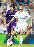 Real Madrid's Oscar Rodriguez (r) and ACF Fiorentina's Matias Fernandez during Santiago Bernabeu Trophy. August 23,2017. (ALTERPHOTOS/Acero)