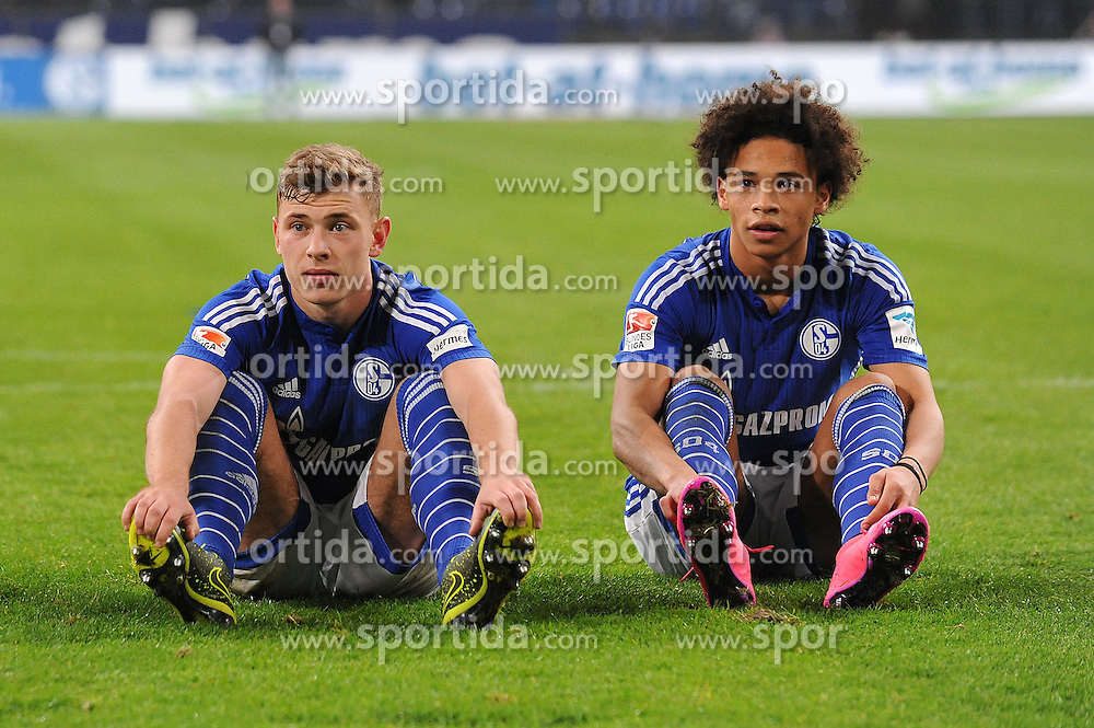 17.10.2015, Veltins Arena, Gelsenkirchen, GER, 1. FBL, Schalke 04 vs Hertha BSC, 9. Runde, im Bild Max Meyer freut sich mit Leroy Sane (beide Schalke 04) // during the German Bundesliga 9th round match between Schalke 04 and Hertha BSC at the Veltins Arena in Gelsenkirchen, Germany on 2015/10/17. EXPA Pictures &copy; 2015, PhotoCredit: EXPA/ Eibner-Pressefoto/ Thienel<br /> <br /> *****ATTENTION - OUT of GER*****