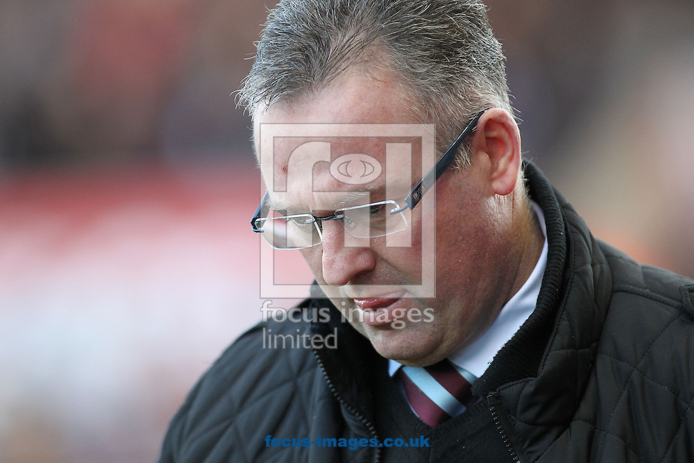 Picture by Michael Sedgwick/Focus Images Ltd +44 7900 363072<br /> 21/12/2013<br /> Paul Lambert, manager of Aston Villa on the touchline prior to the Barclays Premier League match against Stoke City at the Britannia Stadium, Stoke-on-Trent.