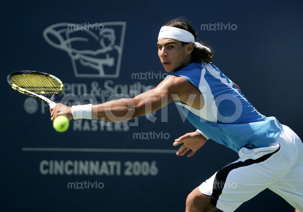 Tennis Masters Series Cincinnati Western&Southern Financial Group Masters 2006 Rafael NADAL (ESP) Rueckhand, backhand.