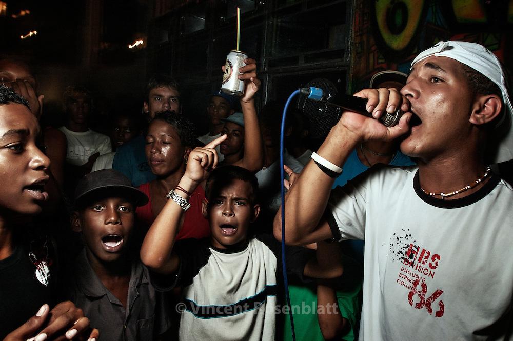 MC Digão at the baile funk of the favela Turano
