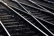 Nederland, Nijmegen, 27-6-2004..Spoorrails, spoorlijn, treinrails, wissels, van richting veranderen, associatie verandering, infrastructuur, openbaar vervoer...Foto: Flip Franssen/Hollandse Hoogte