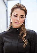 Queen Rania Visits Fab Lab