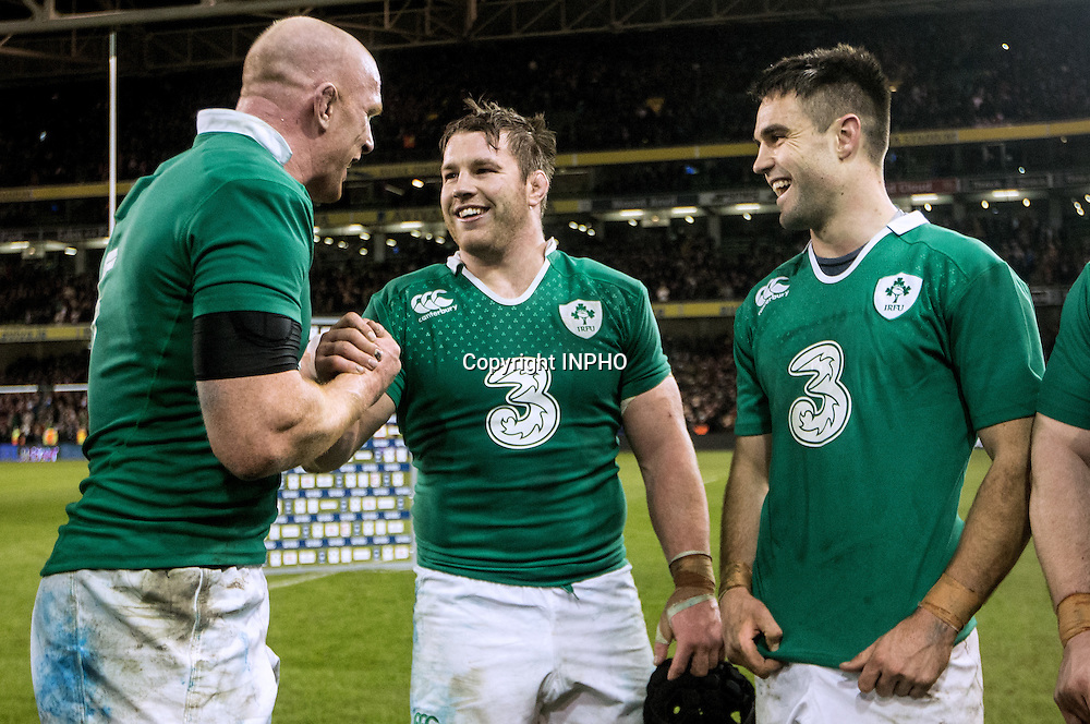 RBS 6 Nations Championship, Aviva Stadium, Dublin 14/2/2015<br /> Ireland vs France <br /> Ireland's Paul O'Connell celebrates with Sean O'Brien and Conor Murray after the game<br /> Mandatory Credit &copy;INPHO/James Crombie