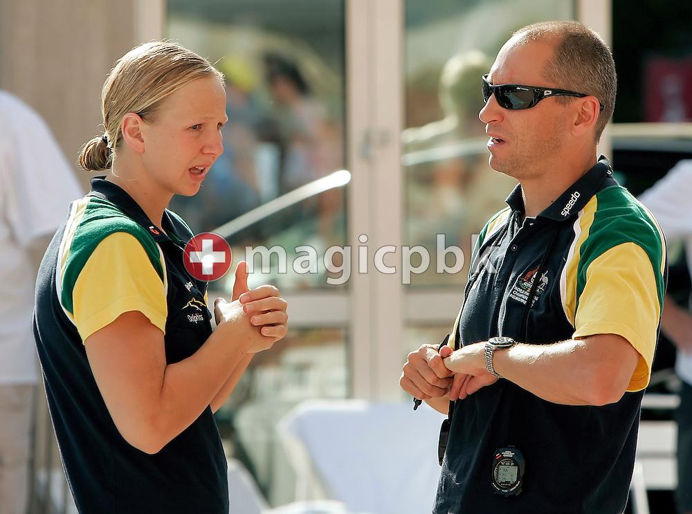 Australia based coach Stephan WIDMER (R) of Switzerland talks to Melanie SCHLANGER (L) of Australia during day two at the 28th International Swimming Meet (50m) held at Piscina Pere Serrat in Barcelona, Spain, Thursday, June 14, 2007. (Photo by Patrick B. Kraemer / MAGICPBK)