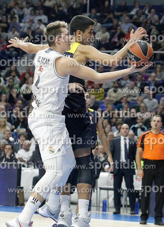 03.12.2015, Palacio de los Deportes, Madrid, ESP, FIBA, EL, Real Madrid vs Fenerbahce Ulker Istanbul, Halbfinale, im Bild Real Madrid's Luka Doncic (l) and Fenerbahce Istambul's Omer Yurtseven // during thesemifinall Match of the Turkish Airlines Basketball Euroleague between Real Madrid and Fenerbahce Ulker Istanbul at the Palacio de los Deportes in Madrid, Spain on 2015/12/03. EXPA Pictures © 2015, PhotoCredit: EXPA/ Alterphotos/ Acero<br /> <br /> *****ATTENTION - OUT of ESP, SUI*****