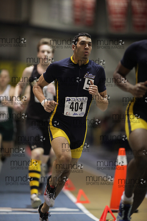 Windsor, Ontario ---12/03/09--- Derek Watkins of  the University of Windsor competes in the men's pentathlon 1000 metres at the CIS track and field championships in Windsor, Ontario, March 12, 2009..GEOFF ROBINS Mundo Sport Images