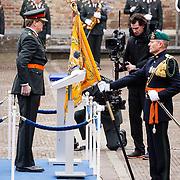 NLD/Den Haag/20160315 - Uitreiking Militaire Willemsorde aan Korps Commando Troepen, uitreiking lint
