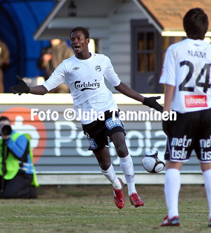 19.04.2010, Tehtaankentt?, Valkeakoski..Veikkausliiga 2010, FC Haka - FC TPS Turku..Quincy Osei - Haka.©Juha Tamminen.