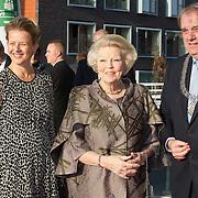 NLD/Delft/20160316 - Prinses Mabel en Prinses Beatrix aanwezig bij uitreiking Prins Friso Ingenieursprijs 2016 , Prinses Beatrix en Prinses Mabel en burgemeester Bas Verkerk