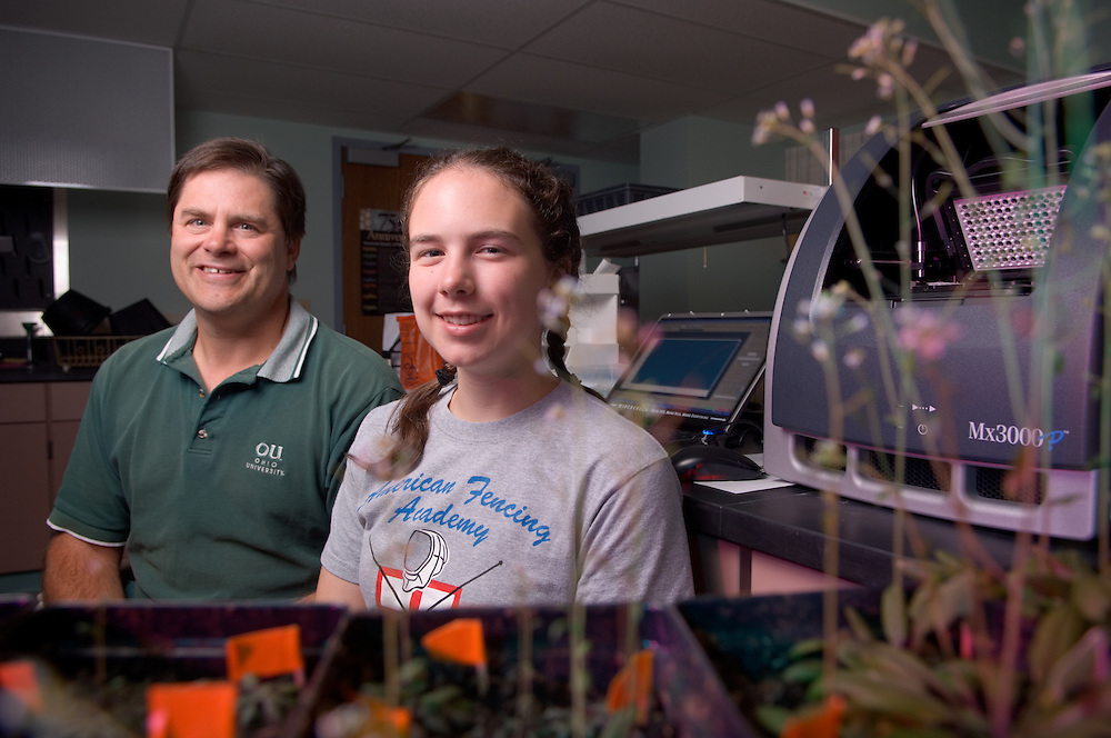 Allan Showalter & Molly Semones env. Portrait in Lab