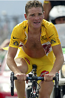 CYCLING - TOUR DE FRANCE 2004 - STAGE 13 - LANNEMEZAN > PLATEAU DE BEILLE - 17/07/2004 - PHOTO : NICO VEREECKEN /DIGITALSPORT<br />