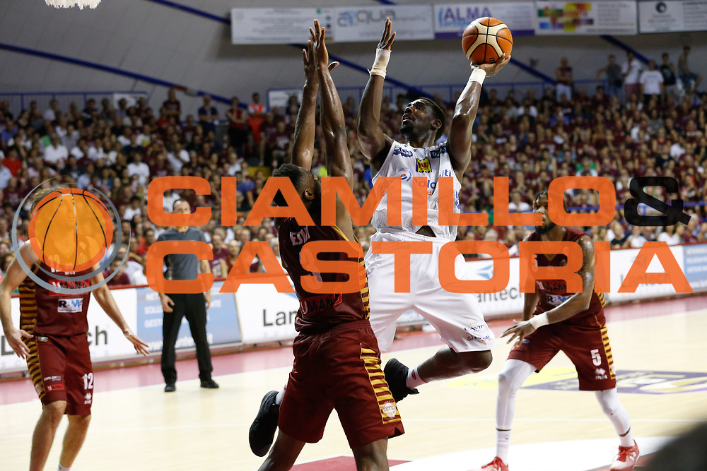 Dustin Hogue<br /> Umana Reyer Venezia - Dolomiti Energia Aquila Basket Trento<br /> Lega Basket Serie A 2016/17 Finali Gara 02<br /> Venezia, 12/06/2017<br /> Foto Ciamillo-Castoria / M. Brondi
