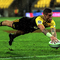 TJ Perenara scores during the Super Rugby quarterfinal match between the Hurricanes and Sharks at Westpac Stadium, Wellington, New Zealand on Saturday, 23 July 2016. Photo: Dave Lintott / lintottphoto.co.nz