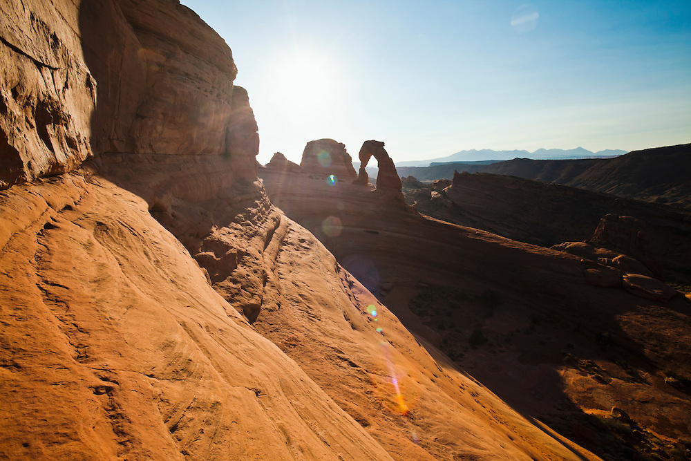 Delicate Arch in Arches National Park at sunrise, Utah, USA.