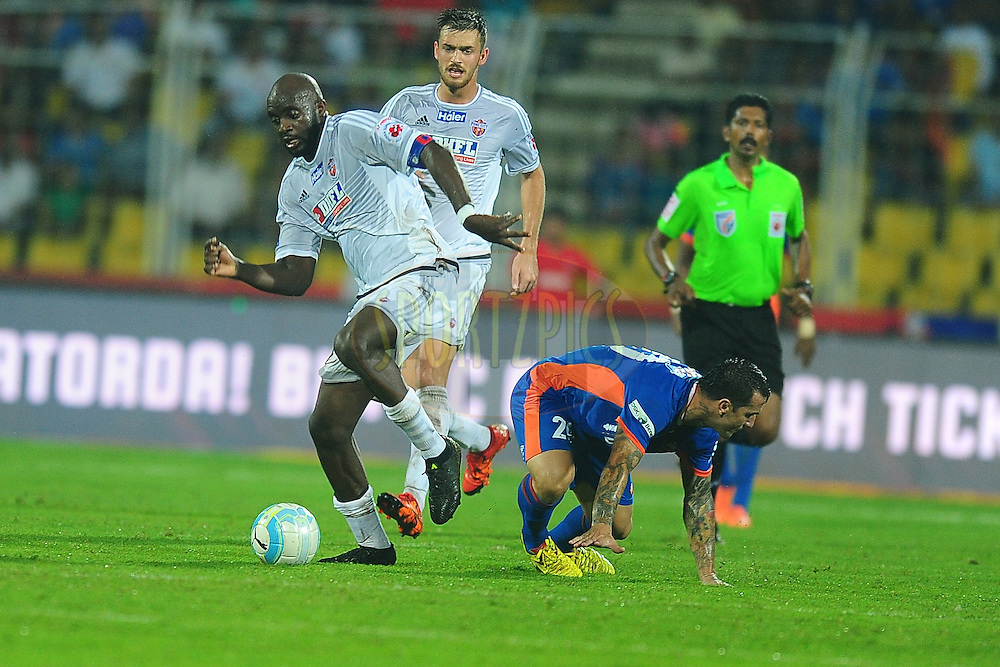 Mohd Sissoko of FC Pune City during match 8 of the Indian Super League (ISL) season 3 between FC Goa and FC Pune City held at the Fatorda Stadium in Goa, India on the 8th October 2016.<br /> <br /> Photo by Faheem Hussain / ISL/ SPORTZPICS
