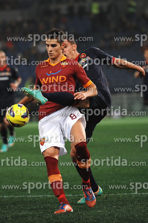 01.02.2013, Olympiastadion, Rom, ITA, Serie A, AS Rom vs Cagliari Calcio, 23. Runde, im Bild Erik Lamela Roma, Danilo Avelar Cagliari // during the Italian Serie A 23th round match between AS Roma and Cagliari Calcio at the Olympic Stadium, Rome, Italy on 2013/02/01. EXPA Pictures © 2013, PhotoCredit: EXPA/ Insidefoto/ Andrea Staccioli..***** ATTENTION - for AUT, SLO, CRO, SRB, BIH and SWE only *****