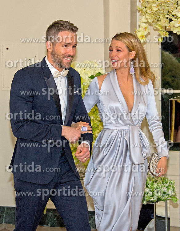 Actor Ryan Reynolds, left, and Actress Blake Lively, right, arrive for the State Dinner in honor of Prime Minister Trudeau and Mrs. Sophie Gr&eacute;goire Trudeau of Canada at the White House in Washington, DC on Thursday, March 10, 2016. EXPA Pictures &copy; 2016, PhotoCredit: EXPA/ Photoshot/ Ron Sachs<br /> <br /> *****ATTENTION - for AUT, SLO, CRO, SRB, BIH, MAZ, SUI only*****