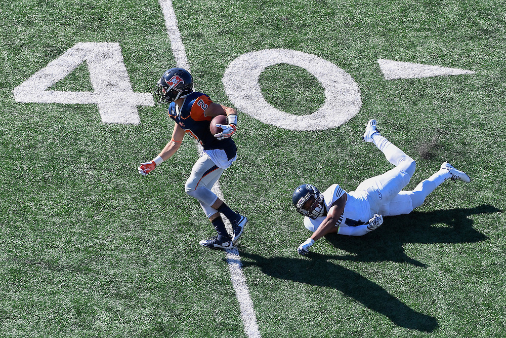 05-11-16 15:08:57 -- Football, Fullerton College @ Orange Coast College,  at LeBard Stadium - Orange Coast College, Fullerton, CA<br /> <br /> Photo by Erwin Otten, Sports Shooter Academy 2016