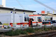 Mannheim. 29.07.17 | &Uuml;bung um M&uuml;hlauhafen<br /> M&uuml;hlauhafen. Rettungs&uuml;bung von Feuerwehr DLRG und ASB. Das Szenario: Ein Fahrgastschiff brennt und die Passagiere m&uuml;ssen gerettet werden. <br /> Auf der MS Oberrhein wird ge&uuml;bt. Dazu ankert das Schiff in der Fahrrinne des M&uuml;hlauhafens. Das Feuerl&ouml;schboot Metropolregion 1 kommt dazu.<br /> <br /> BILD- ID 0918 |<br /> Bild: Markus Prosswitz 29JUL17 / masterpress (Bild ist honorarpflichtig - No Model Release!)