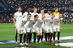 09.05.2019, Stamford Bridge, London, ENG, UEFA EL, FC Chelsea vs Eintracht Frankfurt, Halbfinale, Rückspiel, im Bild Eintracht Frankfurt team // Eintracht Frankfurt team during the UEFA Europa League semifinal 2nd leg match between FC Chelsea and Eintracht Frankfurt at the Stamford Bridge in London, Great Britain on 2019/05/09. EXPA Pictures © 2019, PhotoCredit: EXPA/ Focus Images/ Alan Stanford<br /> <br /> *****ATTENTION - for AUT, GER, FRA, ITA, SUI, POL, CRO, SLO only*****