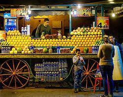 Night time in the Jemaa el Fna, Marrakech, Morocco, North Africa<br /> <br /> (c) Andrew Wilson   Edinburgh Elite media