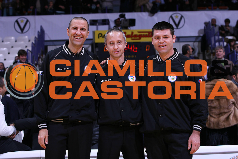 DESCRIZIONE : Bologna Lega A1 2007-08 La Fortezza Virtus Bologna Snaidero Udine <br /> GIOCATORE : Arbitro <br /> SQUADRA : <br /> EVENTO : Campionato Lega A1 2007-2008 <br /> GARA : La Fortezza Virtus Bologna Snaidero Udine <br /> DATA : 18/11/2007 <br /> CATEGORIA : <br /> SPORT : Pallacanestro <br /> AUTORE : Agenzia Ciamillo-Castoria/G.Livaldi