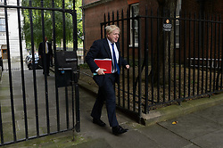 © Licensed to London News Pictures. 21/09/2017. London, UK.  Foreign Secretary BORIS JOHNSON arrives for a cabinet meeting in Downing Street. Photo credit: Ray Tang/LNP