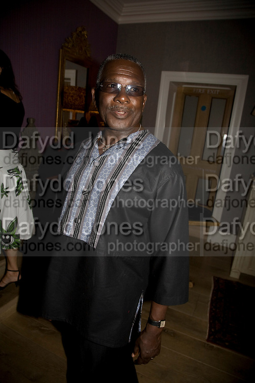 RUDOLPH WALKER,  'Cries from the Heart' presented by Human Rights Watch at the Theatre Royal Haymarket. London. Party afterwards at the Haymarket Hotel. June 8, 2008 *** Local Caption *** -DO NOT ARCHIVE-© Copyright Photograph by Dafydd Jones. 248 Clapham Rd. London SW9 0PZ. Tel 0207 820 0771. www.dafjones.com.