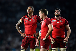 Courtney Lawes and Ben Morgan of England watch the replay on the big screen - Mandatory byline: Patrick Khachfe/JMP - 07966 386802 - 18/09/2015 - RUGBY UNION - Twickenham Stadium - London, England - England v Fiji - Rugby World Cup 2015 Pool A.