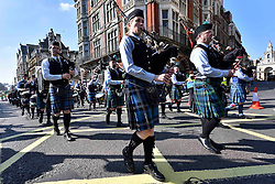 Bag pipe playing performers take part in the parade along Piccadilly to celebrate St. Patrick's Day in London, Britain, on March 13, 2016. EXPA Pictures © 2016, PhotoCredit: EXPA/ Photoshot/ Ray Tang<br /> <br /> *****ATTENTION - for AUT, SLO, CRO, SRB, BIH, MAZ, SUI only*****