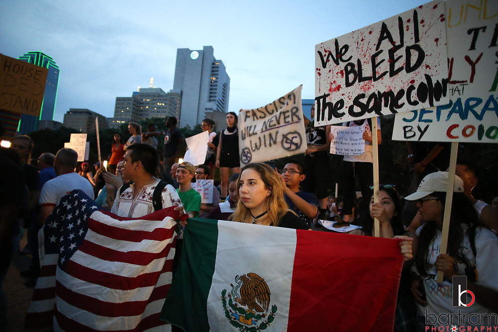 Protestors fill the plaza during an anti white-supremacy rally at Dallas City Hall plaza on Saturday, Aug. 19, 2017. (Photo by Kevin Bartram)