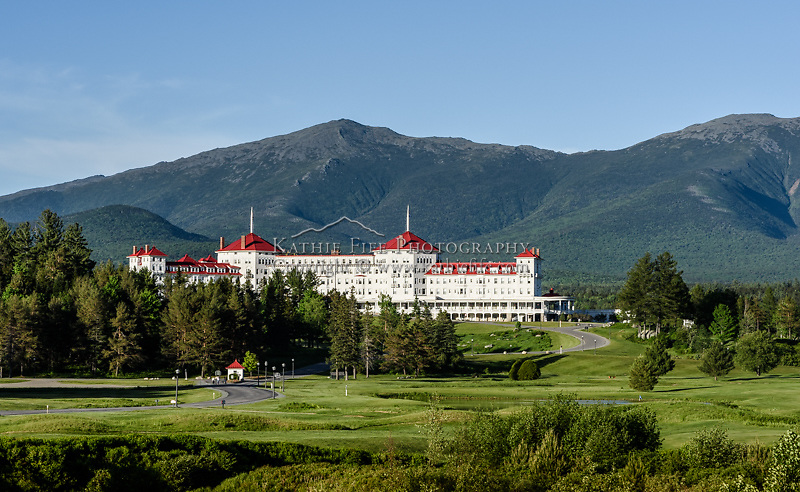 Spring evening at the Mount Washington Hotel.