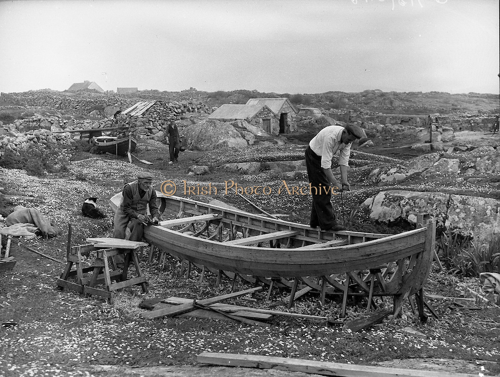Carna. West of Ireland Boat Bulding with the Cloherty family..14/05/1959<br />