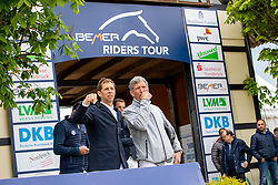 RENZEL Markus (GER), BEERBAUM Ludger (GER)<br /> Hagen - Horses and Dreams 2019 <br /> Parcoursbesichtigung<br /> Großer Preis der Deutschen Kreditbank AG- BEMER RIDERS TOUR - Wertungsprüfung - CSI4* Grand Prix Two Rounds<br /> 28. April 2019<br /> © www.sportfotos-lafrentz.de/Stefan Lafrentz