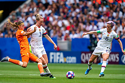 07-07-2019 FRA: Final USA - Netherlands, Lyon<br /> FIFA Women's World Cup France final match between United States of America and Netherlands at Parc Olympique Lyonnais. USA won 2-0 / Anouk Dekker #6 of the Netherlands, Sam Mewis #3 of the United States, Megan Rapinoe #15 of the United States