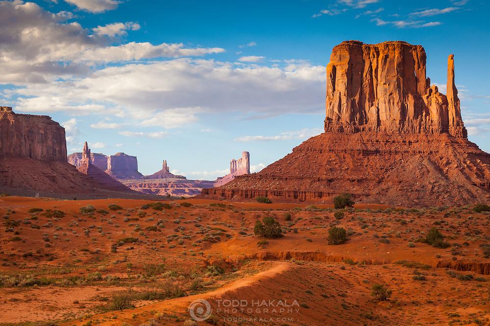 Monument Valley Navajo Tribal Park, Arizona/Utah