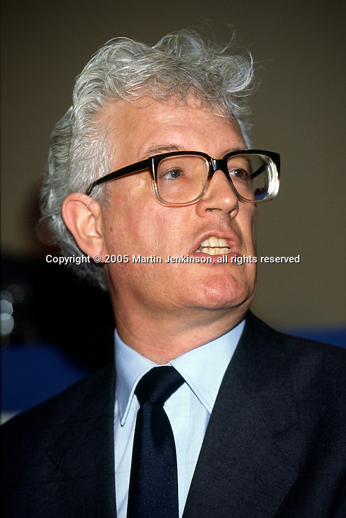 Rodney Bickerstaffe General Secretary Unison ...© Martin Jenkinson, tel 0114 258 6808 mobile 07831 189363 email martin@pressphotos.co.uk. Copyright Designs & Patents Act 1988, moral rights asserted credit required. No part of this photo to be stored, reproduced, manipulated or transmitted to third parties by any means without prior written permission