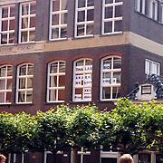 NLD/Groningen/20070609 - Huwelijk Arjen Robben en Bernadien Eillert, spreuk op school..Wedding of the dutch Chelsea soccer player Arjen Robben with his girlfriend Bernadien Eillert along with family and friends