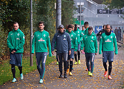 25.10.2014, Trainingscenter, Bremen, GER, 1. FBL, SV Werder Bremen, im Bild Robin Dutt (Cheftrainer SV Werder Bremen) auf dem Weg zum Platz // during a Trainingssession of German Bundesliga Club SV Werder Bremen at the Trainingscenter in Bremen, Germany on 2014/10/25. EXPA Pictures © 2014, PhotoCredit: EXPA/ Andreas Gumz<br /> <br /> *****ATTENTION - OUT of GER*****