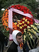 Fotball<br /> Italia<br /> Foto: Inside/Digitalsport<br /> NORWAY ONLY<br /> <br /> 14.11.2007<br /> <br /> The funeral service of Gabriele Sandri, a Lazio soccer team fan who was killed at a highway petrol station near Arezzo.<br /> <br /> Una corona di fiori dei tifosi della Roma