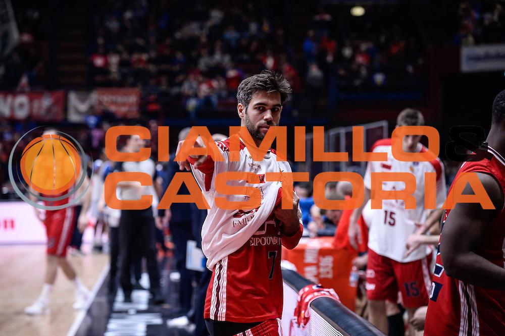DESCRIZIONE : Milano Lega A 2015-16 <br /> GIOCATORE : Bruno Cerella<br /> CATEGORIA : Ritratto Mani <br /> SQUADRA : Olimpia EA7 Emporio Armani Milano<br /> EVENTO : Campionato Lega A 2015-2016<br /> GARA : Olimpia EA7 Emporio Armani Milano Enel Brindisi<br /> DATA : 20/12/2015<br /> SPORT : Pallacanestro<br /> AUTORE : Agenzia Ciamillo-Castoria/M.Ozbot<br /> Galleria : Lega Basket A 2015-2016 <br /> Fotonotizia: Milano Lega A 2015-16
