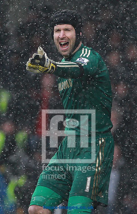 Picture by Paul Terry/Focus Images Ltd +44 7545 642257.20/01/2013.Petr Cech of Chelsea during the Barclays Premier League match at Stamford Bridge, London.