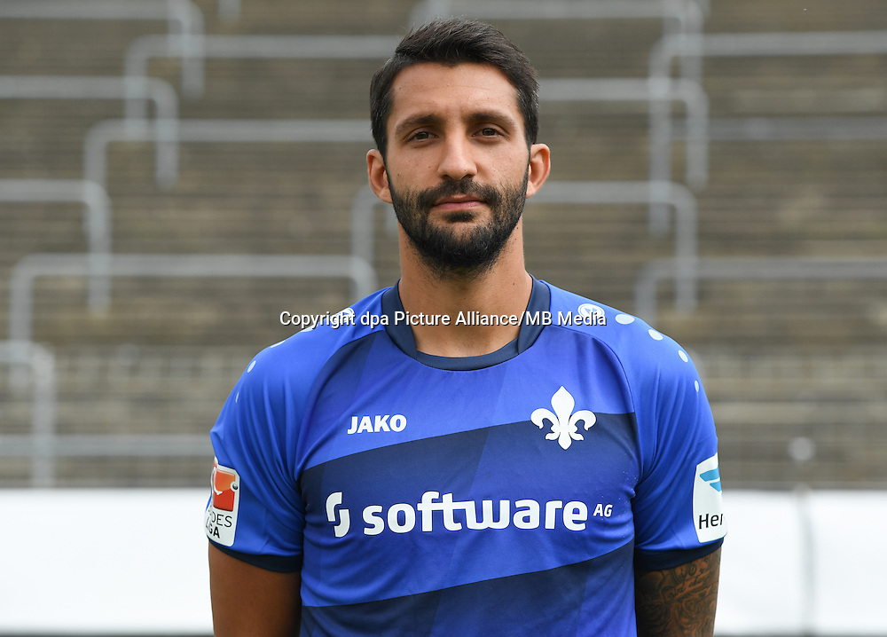 German Bundesliga - Season 2016/17 - Photocall SV Darmstadt 98 on 11 August 2016 in Darmstadt, Germany: Aytac Sulu. Photo: Arne Dedert/dpa | usage worldwide