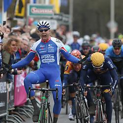 05-03-2016: Wielrennen: Ster van Zwolle: Zwolle  ZWOLLE (NED) wielrennen:  De Ster van Zwolle is traditionele opening van het Nederlandse wielerseizoen. Jeff Vermeulen (Hoogvliet) wint de 56e Ster van Zwolle