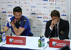 11.06.2015, Stadion Poljud, Split, CRO, UEFA Euro 2016 Qualifikation, Kroatien vs Italien, Gruppe H, Pressekonferenz Italien, im Bild Selector Antonio Conte and captain Gianluigi Buffon // during press conference of team Italy pror to the UEFA EURO 2016 qualifier group H match between Croatia and and Italy at the Stadion Poljud in Split, Croatia on 2015/06/11. EXPA Pictures © 2015, PhotoCredit: EXPA/ Pixsell/ Ivo Cagalj<br /> <br /> *****ATTENTION - for AUT, SLO, SUI, SWE, ITA, FRA only*****