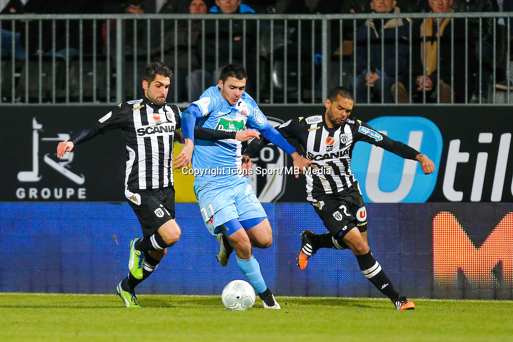 Olivier AURIAC / Gael ANGOULA / Gaetan LABORDE  - 26.01.2015 - Angers / Brest - 21eme journee de Ligue 2 -<br /> Photo : Vincent Michel / Icon Sport