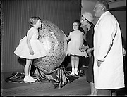 Chocolate manufacturers Urney present a giant Easter Egg to the ISPCC..23.02.1961 Mr T Headon former Irish International Rugby player 1938/9 and his 2 daughters Mary and Barbara (Bobby)
