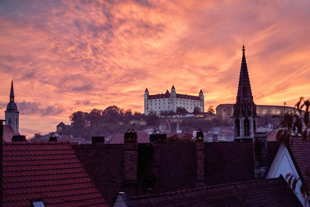 Blick auf die Burg in Bratislava.